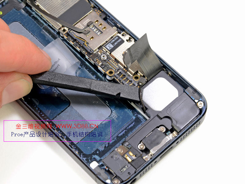 苹果5拆机图,iphone5高清拆机图赏