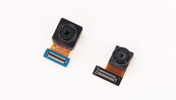 振动器,microusb接口,麦克风,背光led灯等都集成在一条软性印刷电路板
